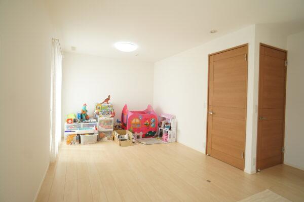 children's-room_02